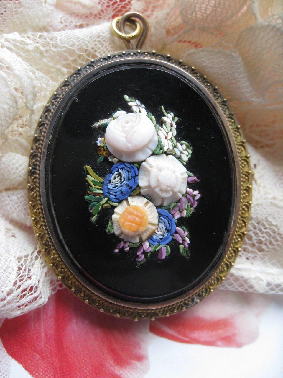 Victorian Mosaic Locket Pendant     Raised Flowers