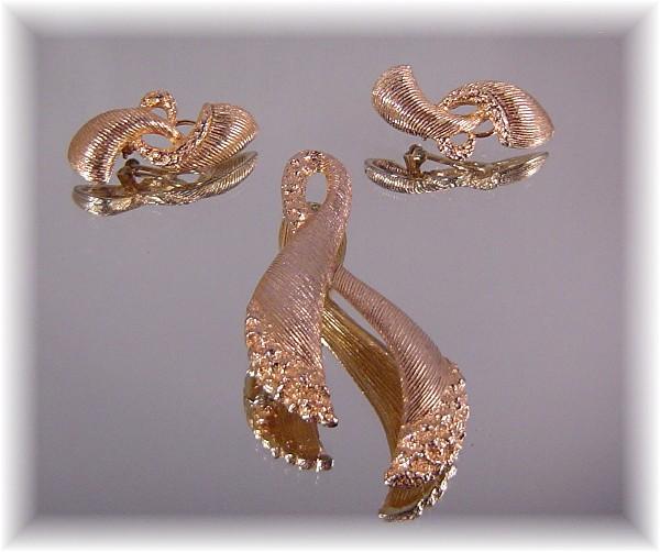 Tara Fifth Avenue Brooch and Earrings ca 1950's-60's