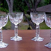 Elegant Thumbprint Wine Glasses with Cut Stem