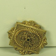 Antique Victorian Ornate Gold Tone Metal Pin
