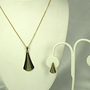 Vintage Gold Tone Metal and Enamel Necklace and Earrings Set
