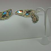 Har Whitewash Dragon Tooth Bracelet, Pin, and Earrings Set