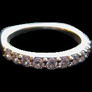Jaffe Diamond Ring with 11 Diamonds 18K Gold