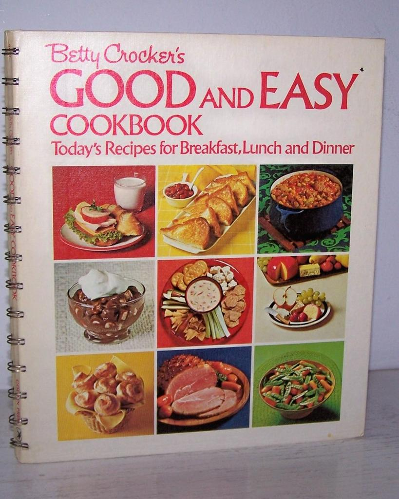 1st Edition, 1971 First Printing *  Betty Crocker's Good and Easy Cookbook