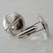 Silvertone round button-style cufflinks / nice weight