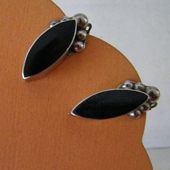 Vintage Taxco Mexican 925 Silver and Onyx Earrings