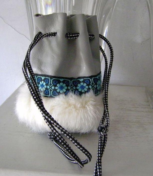 Leather & Fur Medicine Bag Southwest Style mint!