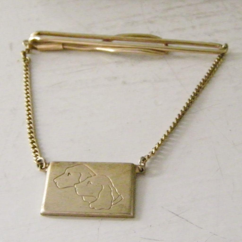 Labrador Dog Goldtone Tie Bar with chain