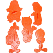 SALE 1978 Complete Set of 6 Looney Tunes Cookie Cutters