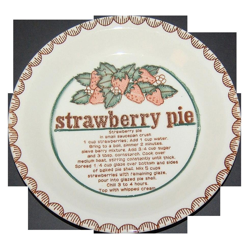 Mount Clemens Pottery ~ Ceramic Strawberry Pie Baking Dish
