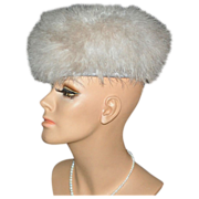 Zucker ~ Dramatic Fluffy Beige Marabou Feather Hat