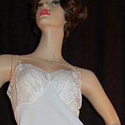 1950s Vanity Fair ~ White Nylon & Thick Lace Full Slip