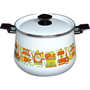 SALE 1950/60s White Ceramic Enamel Stock Pot with Lid ~ Cute Graphics!