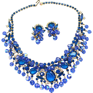 SALE Vintage Juliana (D&E) Book Piece Blue Rhinestone & Crystal Bead Bib Demi Parure