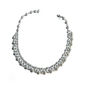 Carolee Ladies Dog Collar Necklace Faux SILVER pearls Silvertone Chain