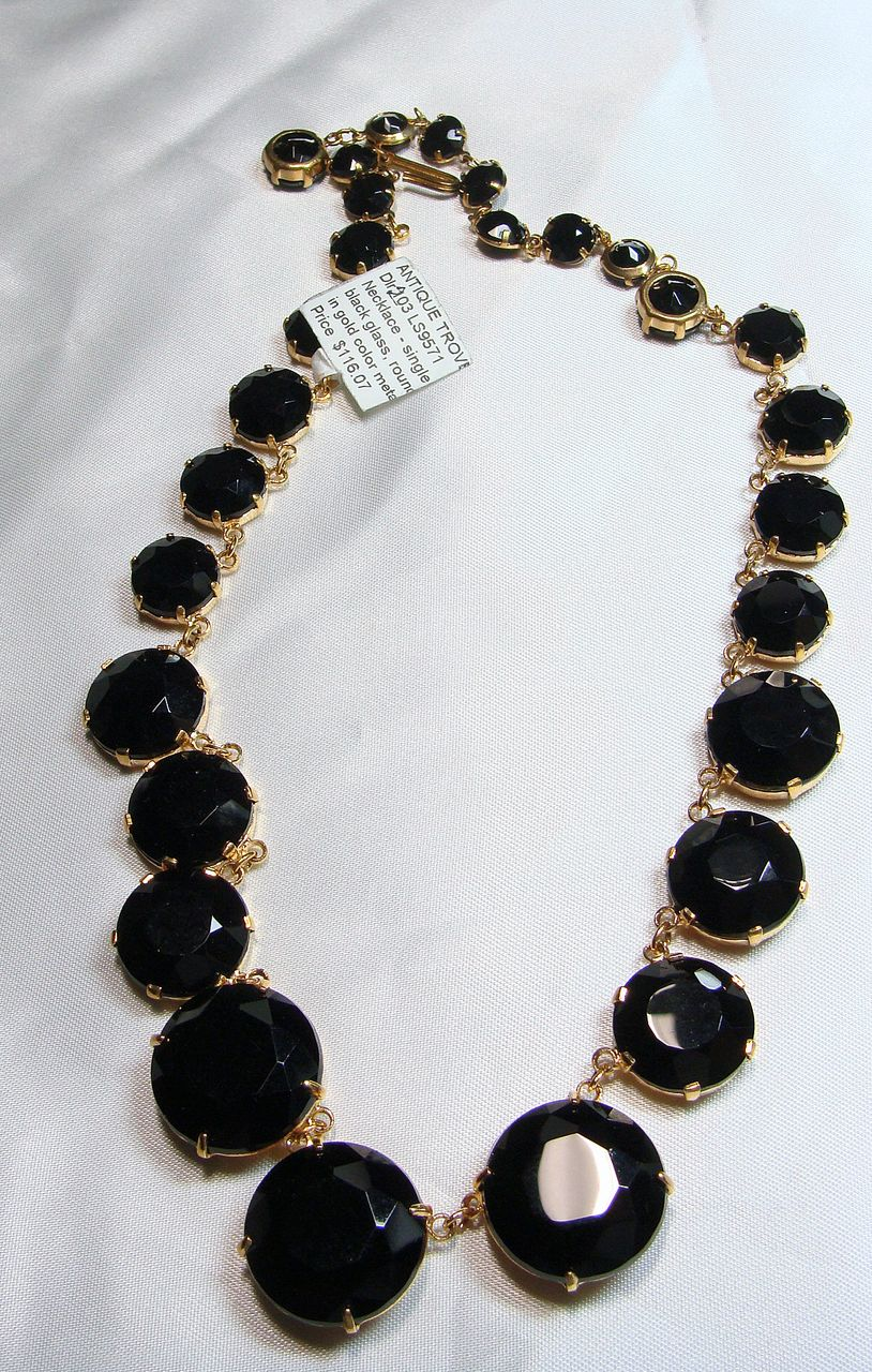 Graduated Black Glass 'Crystals' in a Gold Tone Setting