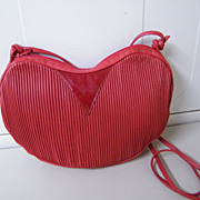 RED HEART Leather & Patent Coret Of Canada Purse Handbag..Tucked Leather..Shoulder Strap..New Condition