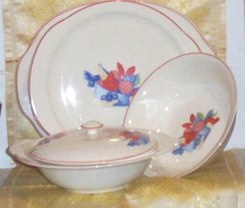 Calico Fruit Serving Set... Five Pieces...By Universal Cambridge...Camwood Ivory
