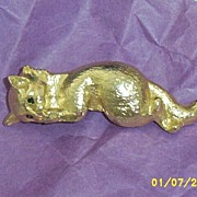 Reclining Cat Pin In Bright Gold Tone Metal