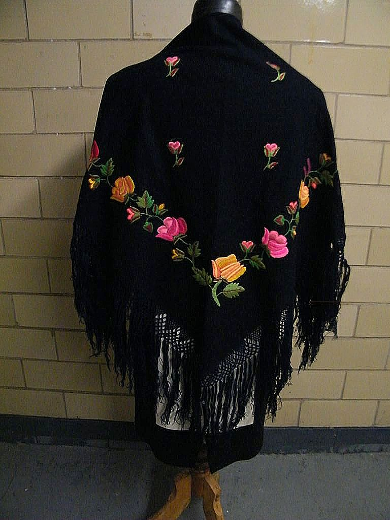 Vintage Hungarian Matyo Hand Embroidered Wool Shawl With Long Fringe..Excellent Condition!
