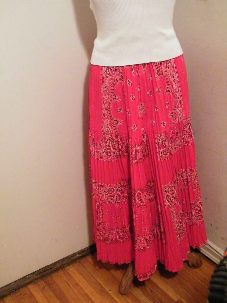Red BANDANNA Square Dancing Triple Tiered Accordion Pleated Skirt..Citlali Of Texas
