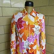 Cotton Pique Screen Printed 2 piece Suit..Red, Pink, Orange, & Gold Floral Abstract Print On White Ground..NWT..Skirt 4 & Jacket 6