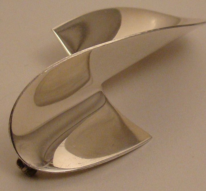 Mexican Sterling Silver Pin in Geometric Design