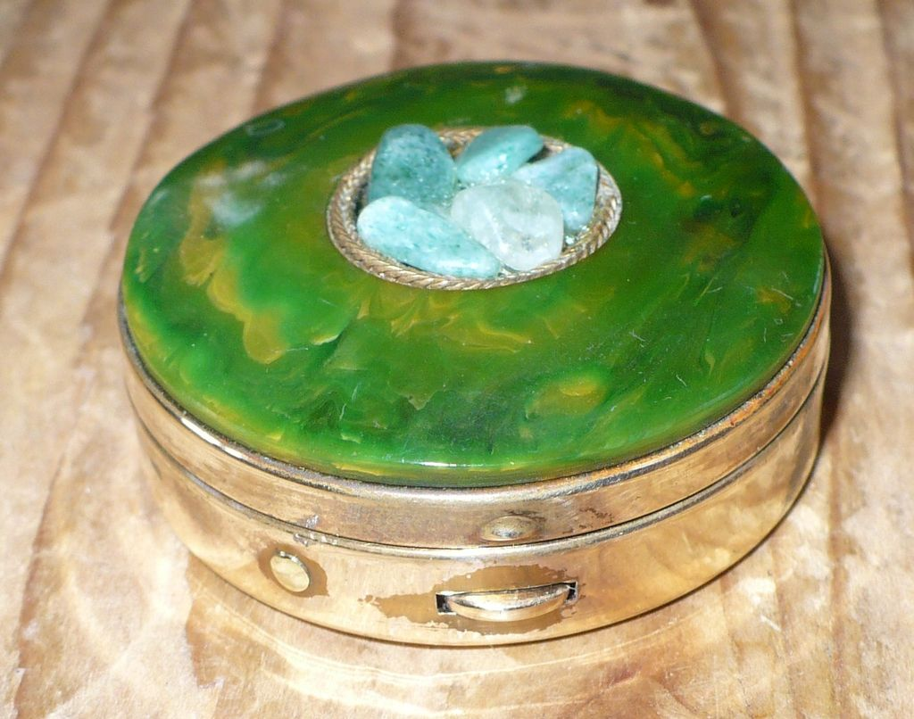 Bakelite Top Pillbox