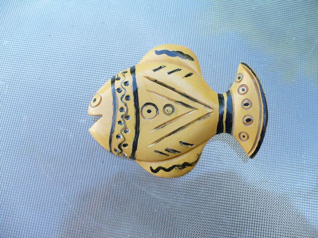 Folk Art Bakelite Fish Pin