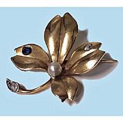 French Art Nouveau flower Brooch, 18K  Sapphire, Diamond and Pearl, C.1900.