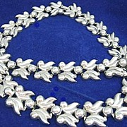 Classic Vintage Silver Tone Leaves/Berries Necklace & Bracelet Set