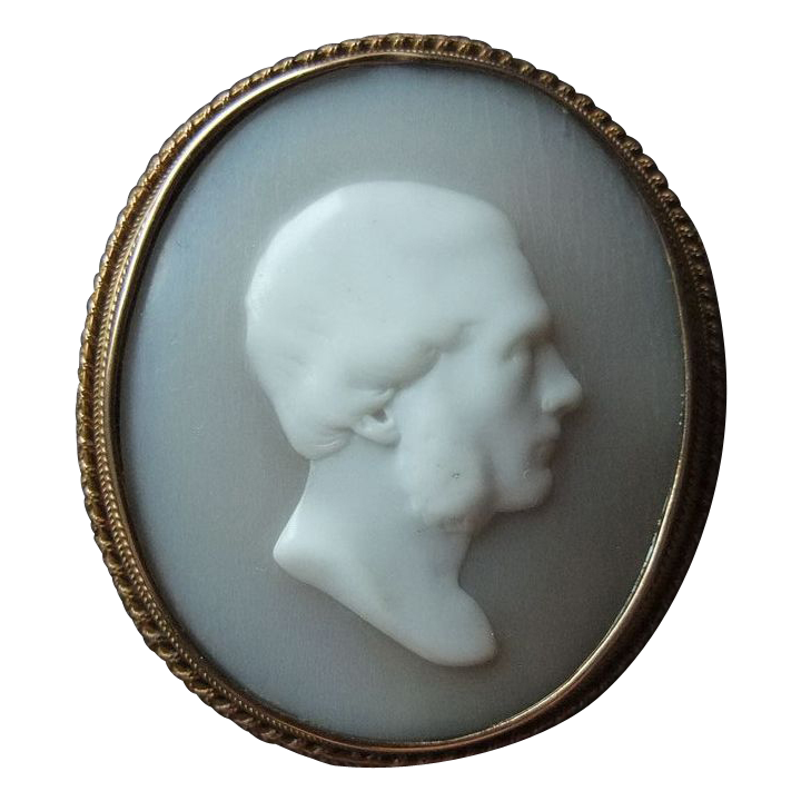 Georgian Shell Cameo, 15K Red Gold  - Late 18th, Early 19th Century