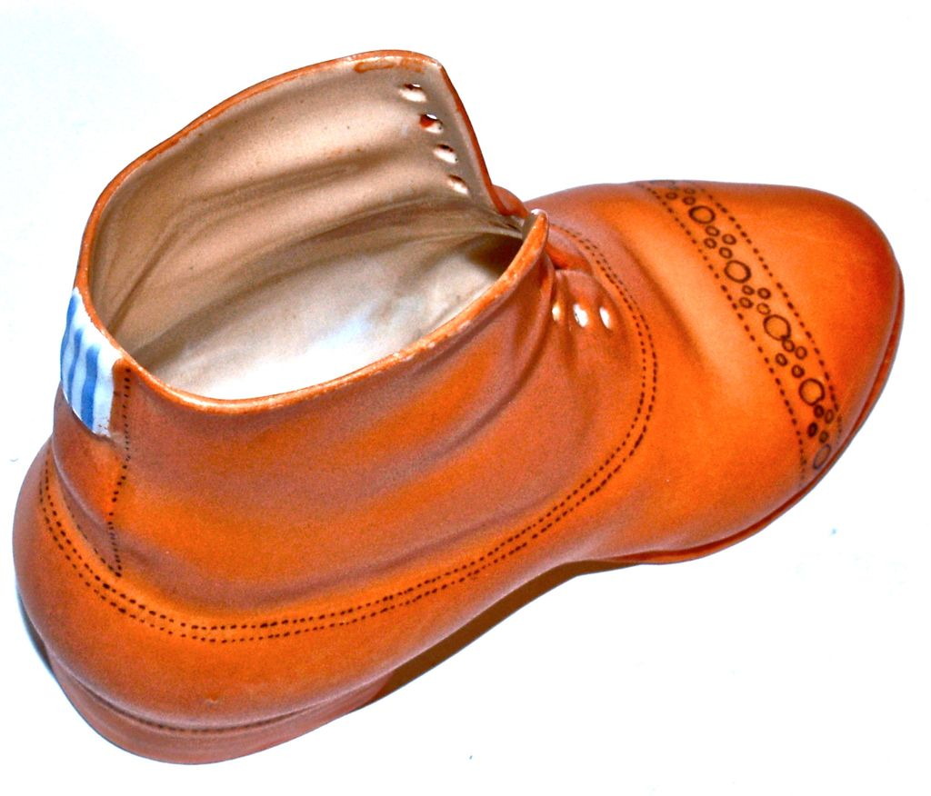 Royal Bayreuth - Men's Porcelain High-Top Boot/Shoe