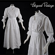Vintage Victorian c1900 Linen Garden or Tea Dress