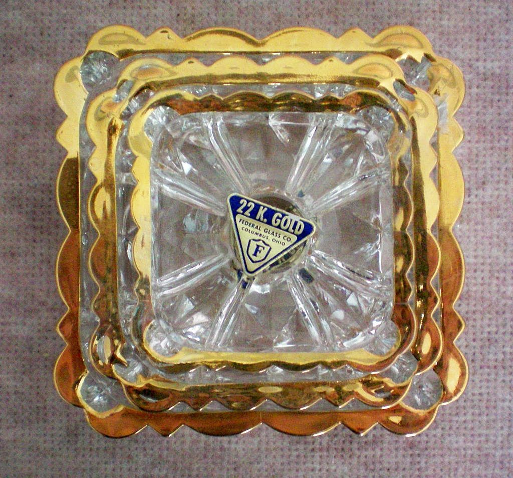 22Kt Gold Rimmed Nesting Ashtrays by Federal Glass Co.