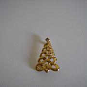 Avon ~ Christmas Tree ~ Brooch ~ 1985