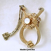 Vintage Collectible Gold Tone Glove Clips with Chain