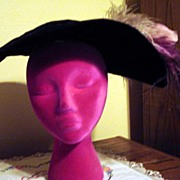 Large Brim Velvet Pleated Hat