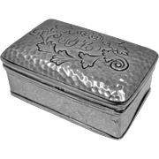 1902 English Hammered Sterling Snuff Box Hand Chased