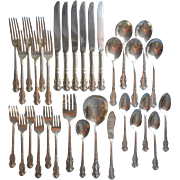 Pretty Silver Set Vintage Flatware Holiday 1951 Roses 32  Pieces