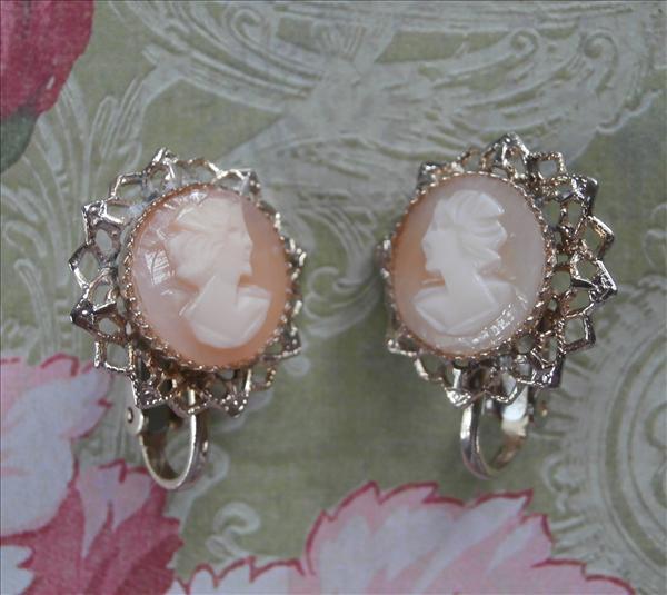Shell Cameo Earrings Clip Filigree Vintage