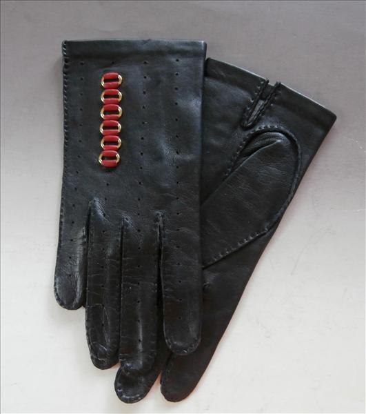 Red Leather Gold Chain Accents Black Vintage Gloves S