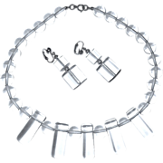 Vintage Mode Modern Clear Lucite Necklace & Earrings Set