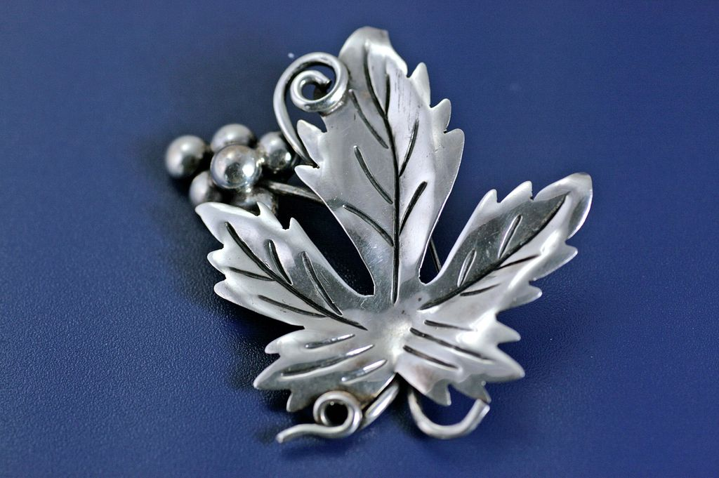 Stunning Vintage Antonio Reina Sterling Silver Grape Cluster and Leaf Brooch Pin