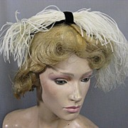 B2155 Vintage hat 1950s w feather trim