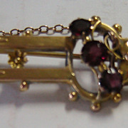 Edwardian 9 Carat Gold Brooch with Garnets