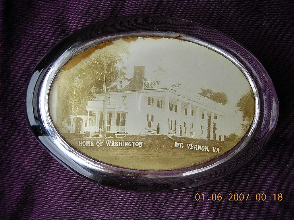 "Vintage Paper Weight ""Mt. VERNON VA Home of Washington"""