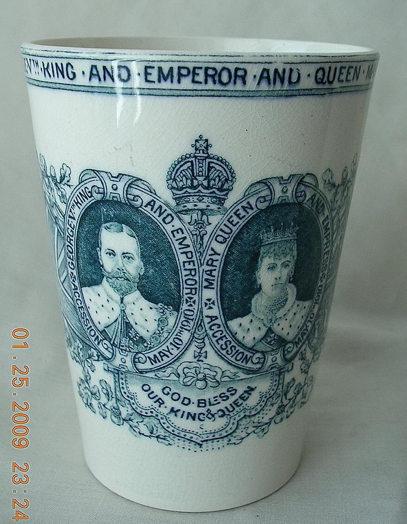 1910 Copeland Spode Coronation Beaker George V th