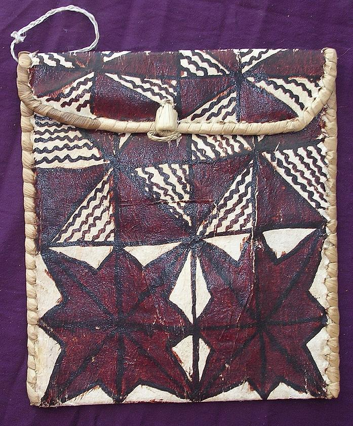 Very Cool Vintage Pacific Islands Tapa Kete or Purse