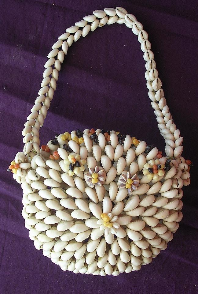 Stunning Pacific Islands Shell Handbag or Purse